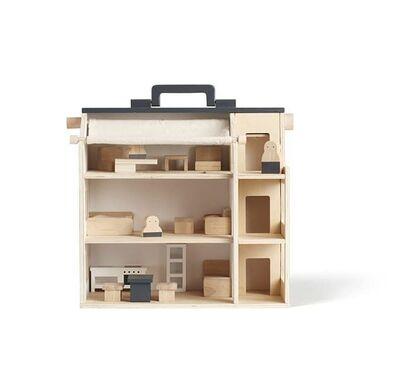 Ξύλινο κουκλόσπιτο με φιγούρες και έπιπλα Kids concept χρώμα φυσικό στο Bebe Maison