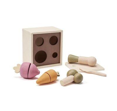 Ξύλινο παιχνίδι αντιστοίχισης Kids Concept με σχήματα-λαχανικά στο Bebe Maison