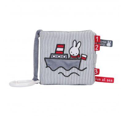 Το πρώτο του βιβλίο Miffy fun at sea στο Bebe Maison